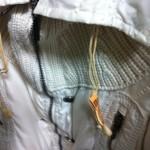 コートの革紐交換