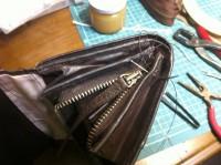 財布のラウンドファスナー交換修理11