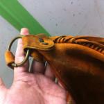 スエードバッグの染み抜き修復