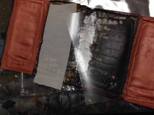 アルティオリ ARTIOLI クロコダイル 財布 修理1